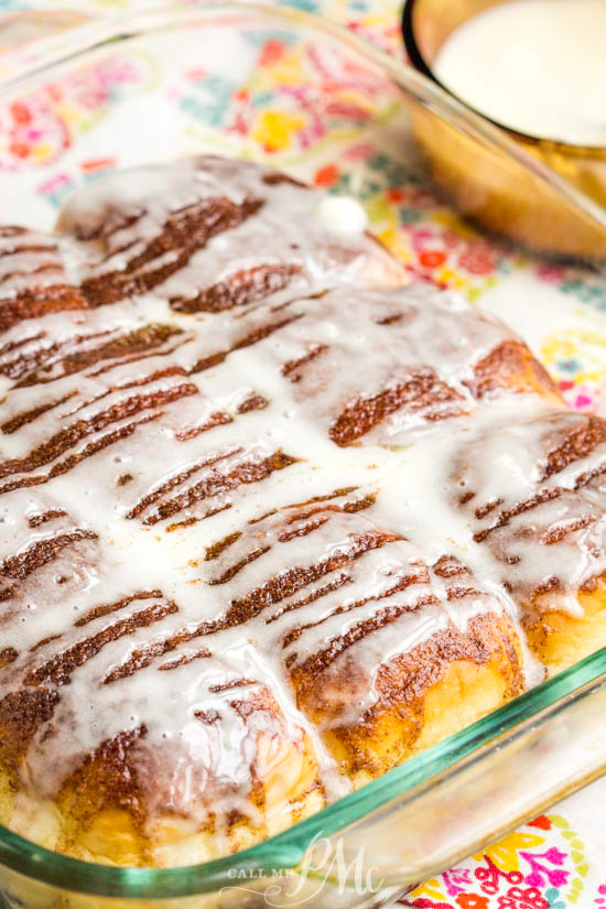 Quick Cinnamon Hawaiian Rolls start with premade rolls. They're covered with a blanket of cinnamon butter then smothered with glaze. Pure, cinnamon roll heaven in 15 minutes! #cinnamonrolls #cinnamon #Hawaiianrolls #bread #easy #breakfast #sweetrolls