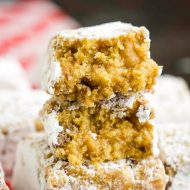 Muddy Buddy Bars Recipe is super decadent and delicious. These dessert bars require no mixer, no baking, and a great treat even if you're not 'cook'. #nocook #nobake #vanillawafers #easy #recipe #snack #bar