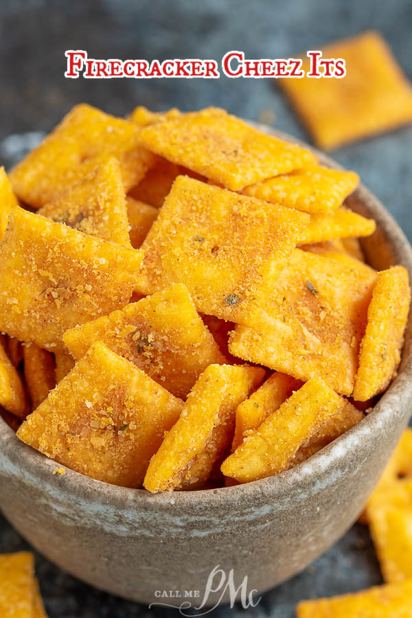 FIRECRACKER CHEEZ ITS recipe takes just four ingredients and less than 30 minutes. Snack fanatics will love these crunchy, cheesy, and salty crackers! #firecracker #ranch #redpepper #recipe #snack #cheezIts #recipeshomemade #homemade #howtomake #simple #mix via @pmctunejones