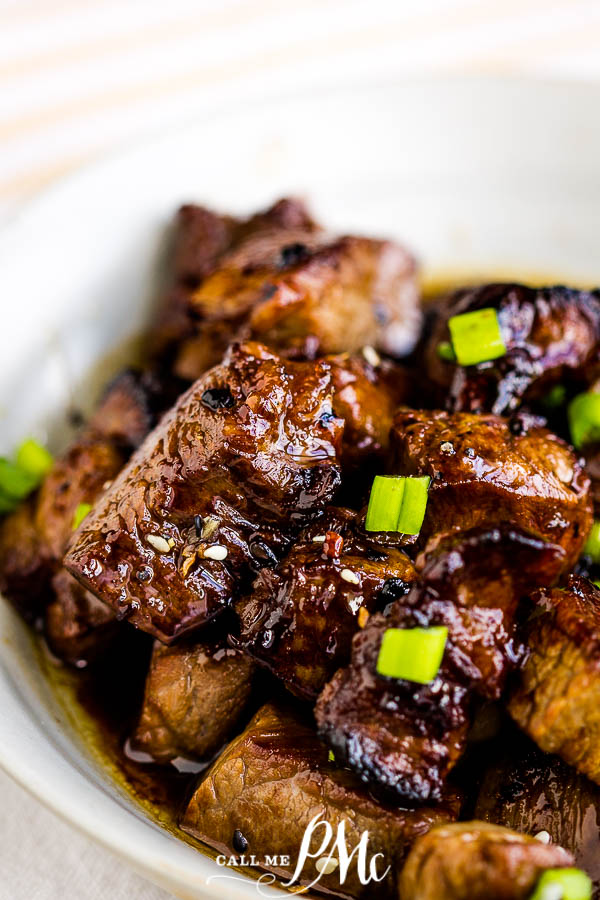 Bourbon Honey Steak Tips - This recipe makes tender, succulent, flavorful, and easy steak tips that are perfect for a fast meal or hearty appetizer. #honey #bourbon #steak #steaktips #appetizer #dinner #entree #dinnerrecipes #steakrecipes #appetizer #footballfood #tailgatingfood #tailgatingrecipes